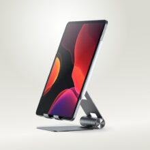 Foldable, fully adjustable aluminum iPad stand