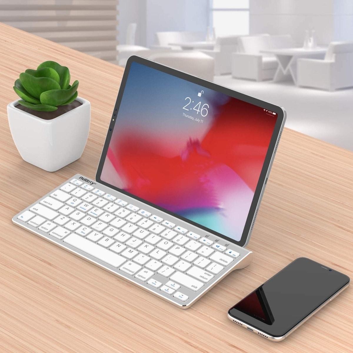 Best desktop keyboard for Amazon Fire HD 10