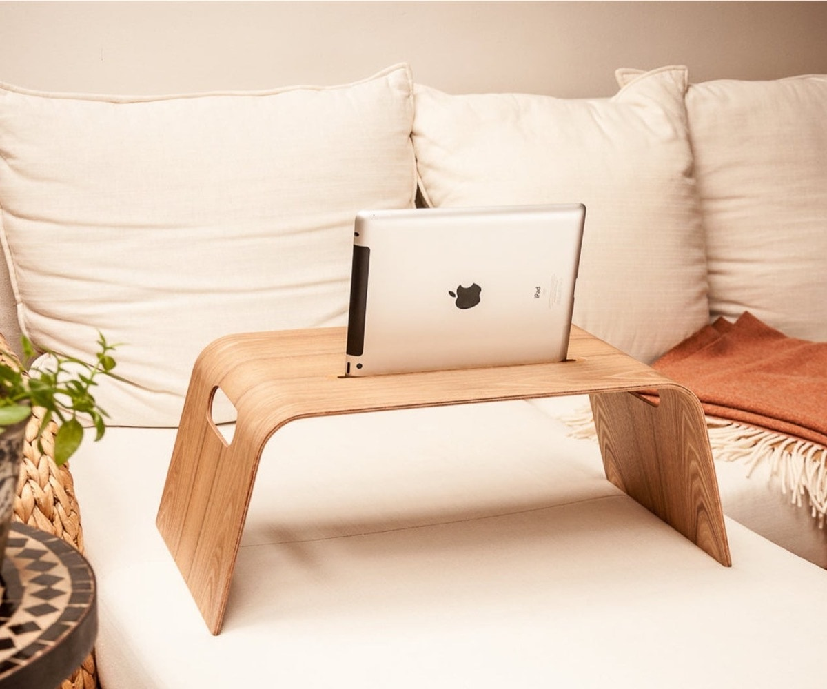 Comfortable iPad Pro stand for bed and sofa